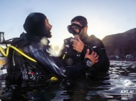 scuba diving instructor student open water course in eilat israel